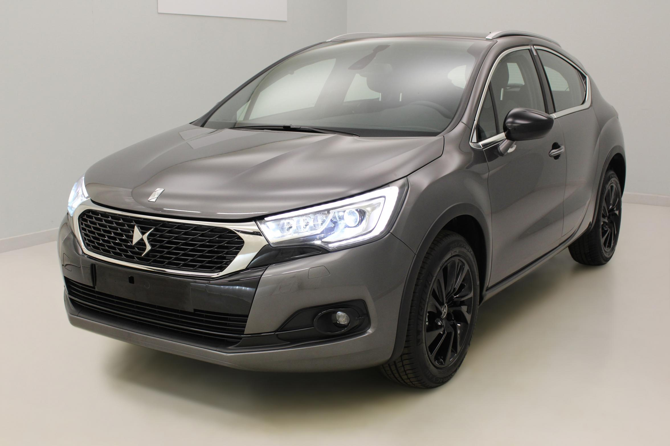 DS DS4Crossback PureTech 130 S&S BVM6 Be Chic Gris Platinium + Pack So Chic avec options