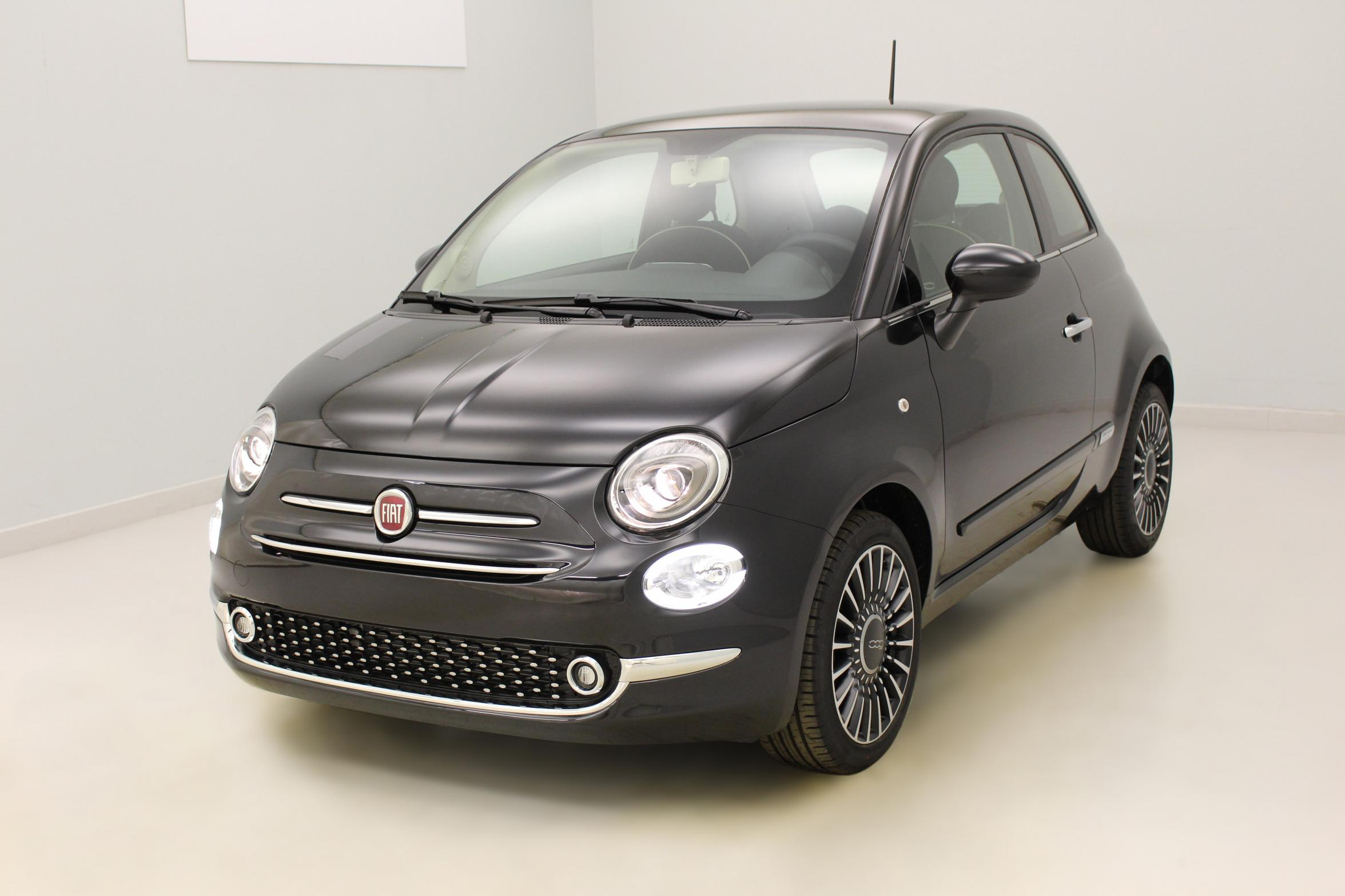 fiat 500 1 2 69 ch popstar dualogic crossover black jantes alliage 16 39 new club avec options. Black Bedroom Furniture Sets. Home Design Ideas