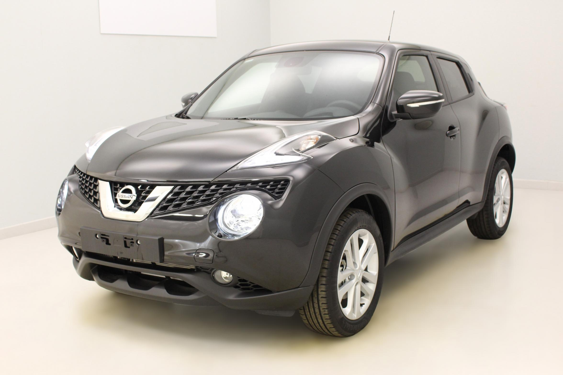 nissan juke 1 5 dci 110 fap start stop system n connecta noir m tallis phares au x non avec. Black Bedroom Furniture Sets. Home Design Ideas