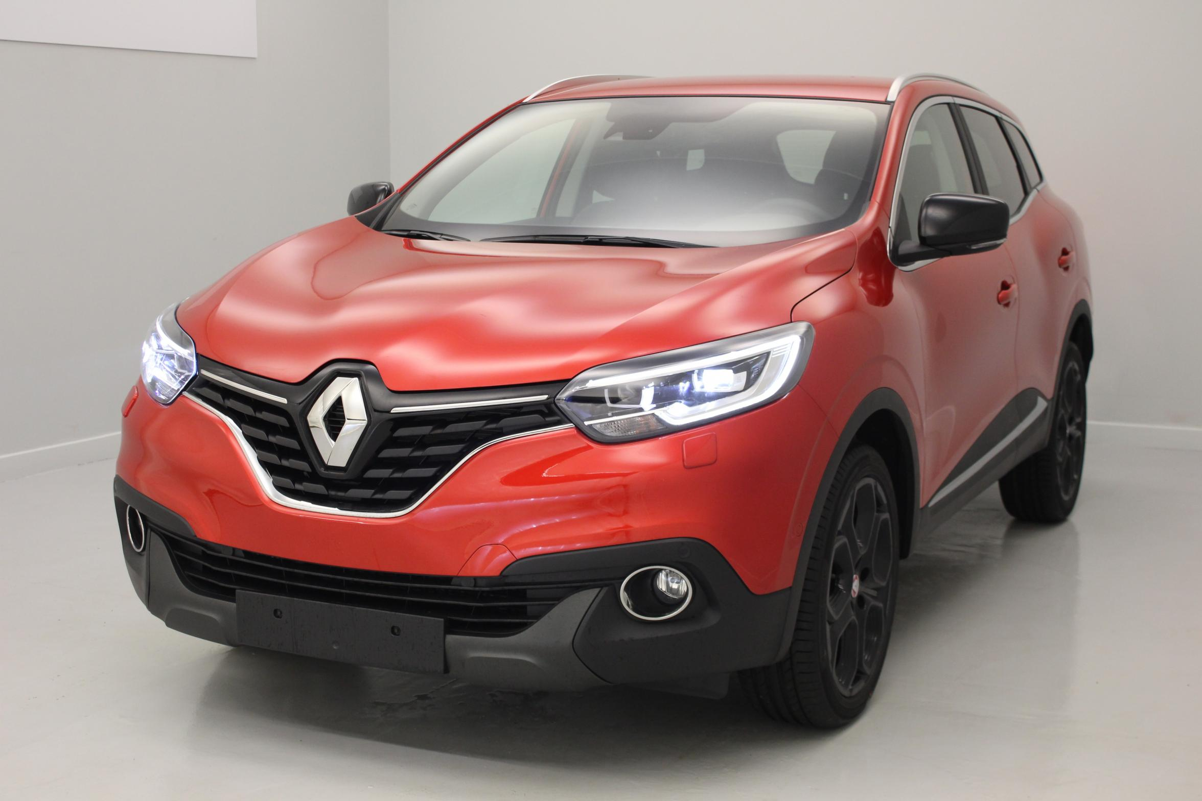 renault kadjar tce 130 energy intens edc rouge flamme bose sound system pack cuir pare. Black Bedroom Furniture Sets. Home Design Ideas