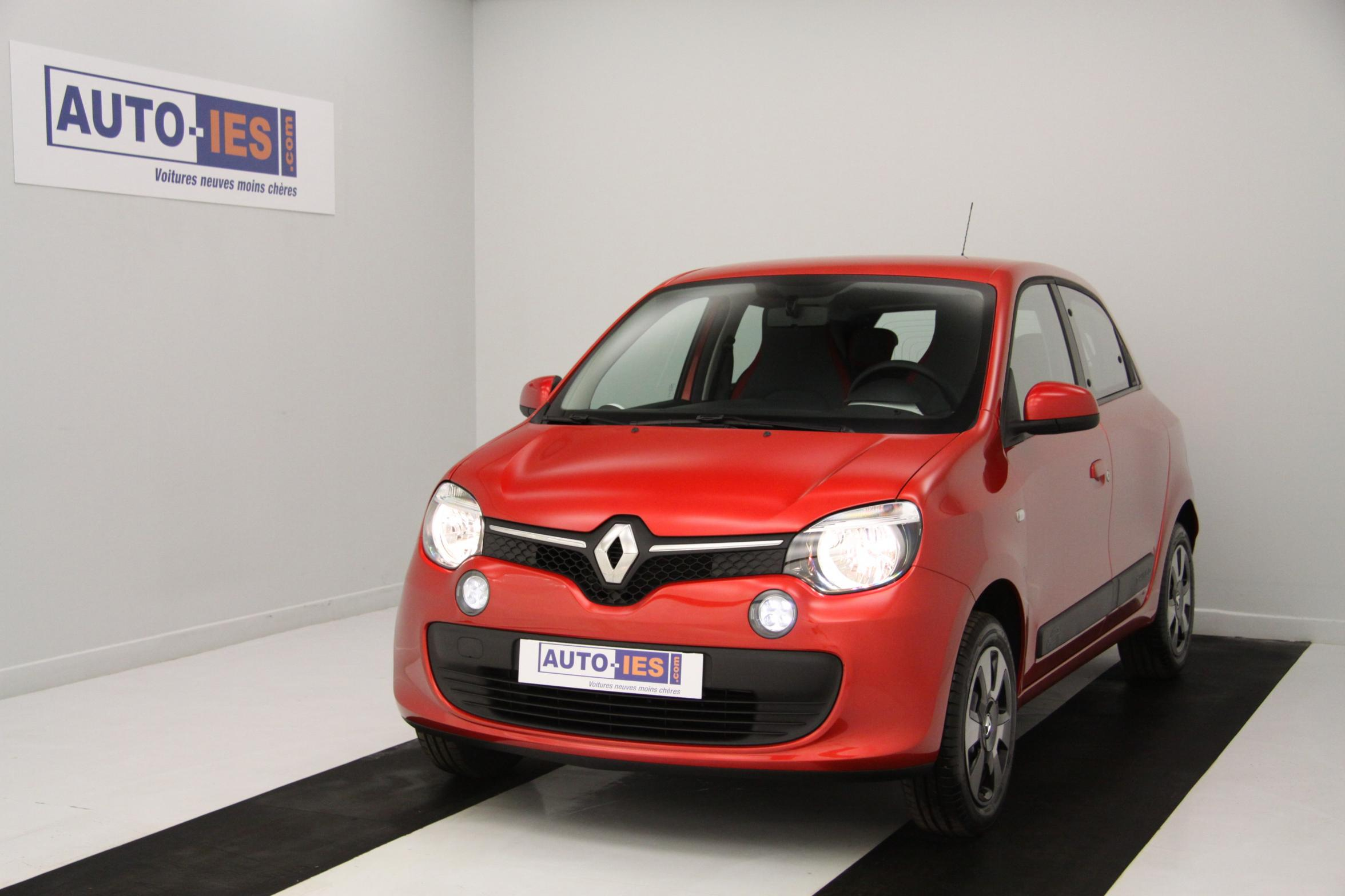 photos de renault nouvelle twingo 1 0 sce 70 eco2 zen pack city rouge flamme avec options 11. Black Bedroom Furniture Sets. Home Design Ideas