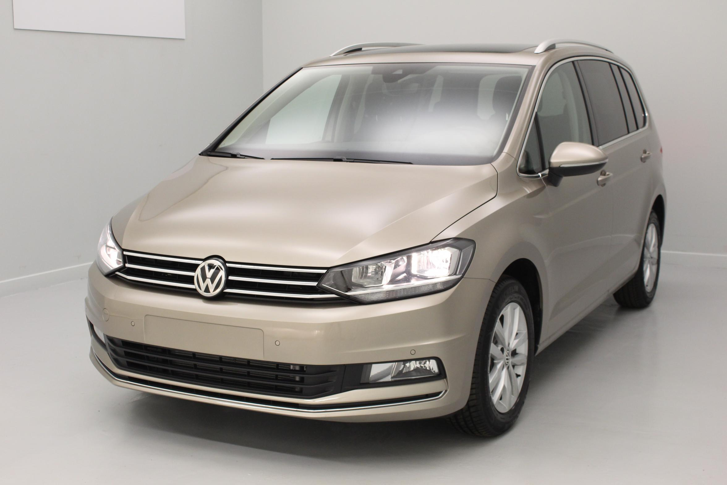 Volkswagen touran 7 places diesel for Touran interieur 7 places
